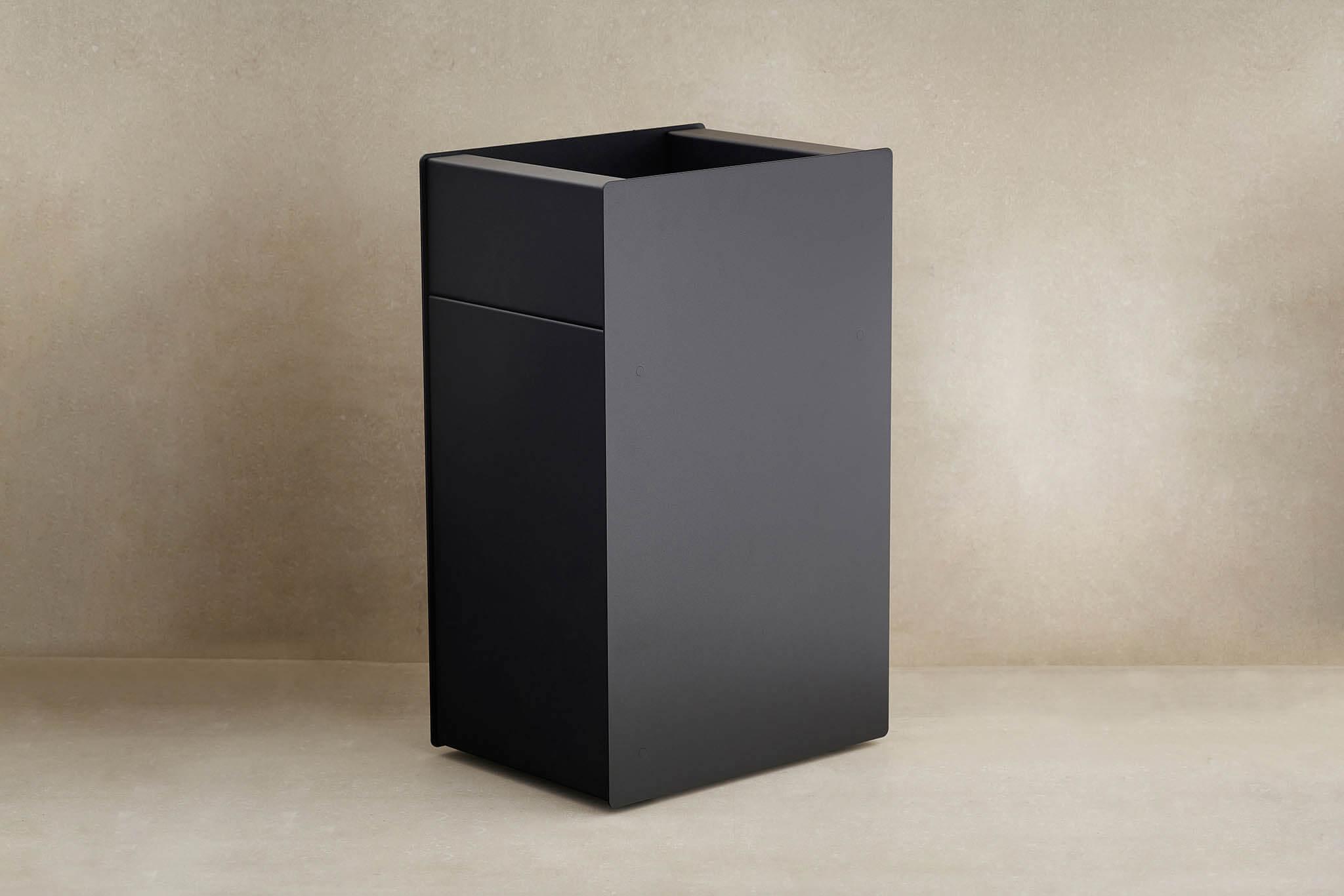 Waste bin black